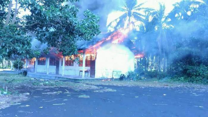 Gedung MDA di Desa Nipah Sendanu Meranti Terbakar
