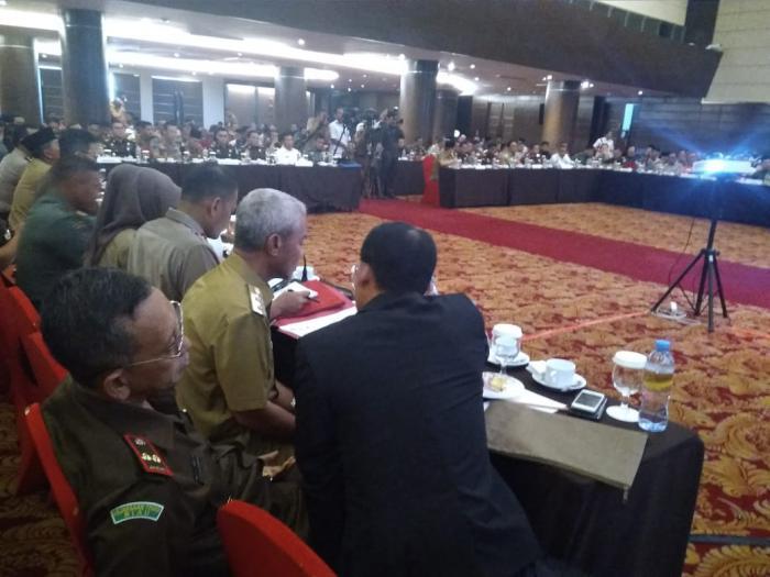 Ikut Rakor di Pekanbaru, Wabup Ajak Semua Pihak Bersinergi Sukseskan Pemilu Serentak 2019