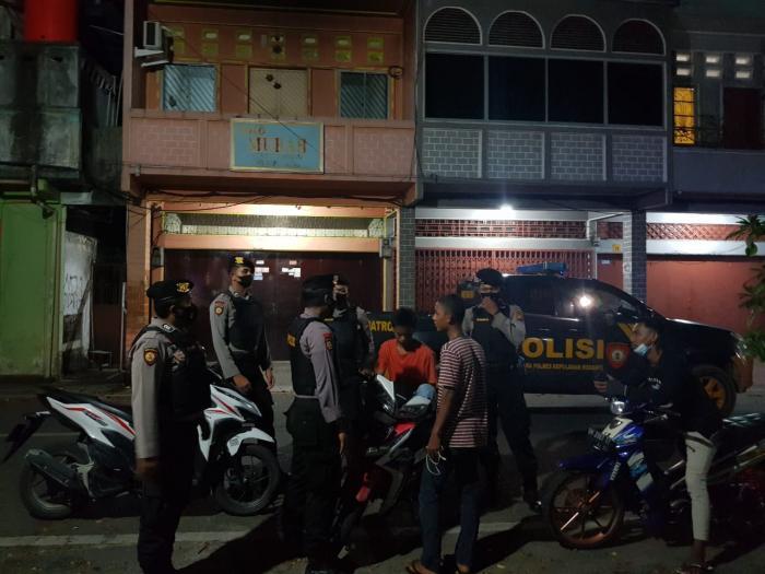 Cegah Kejahatan C3, Personel Sat Samapta Polres Meranti Gelar Patroli Malam