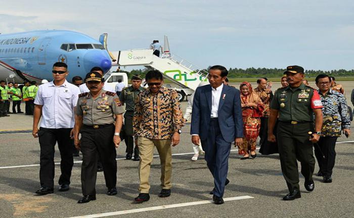 Presiden Jokowi Resmikan KA Minangkabau Ekspres di Sumbar