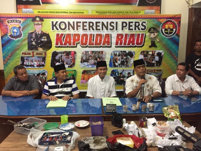 Polda Riau dan Densus 88 'Gerebek' Jaringan Teroris di Universitas Riau