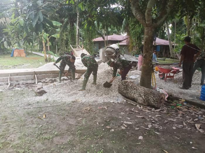 Satgas TMMD Ke108 Kodim 0303/ Bengkalis Di Desa Temiang Bentuk Sinergitas TNI dan Masyarakat