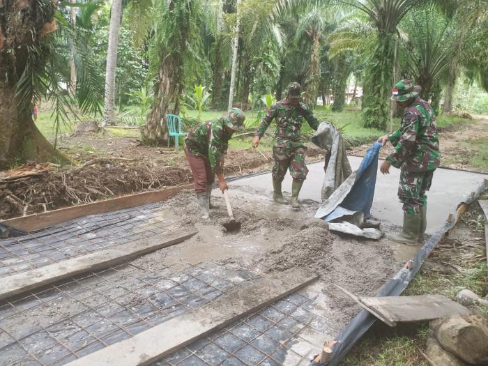 TMMD Ke 108 Kodim 0303/Bengkalis, Prajurit Bergerak Sigap Menyelesaikan Pembangunan