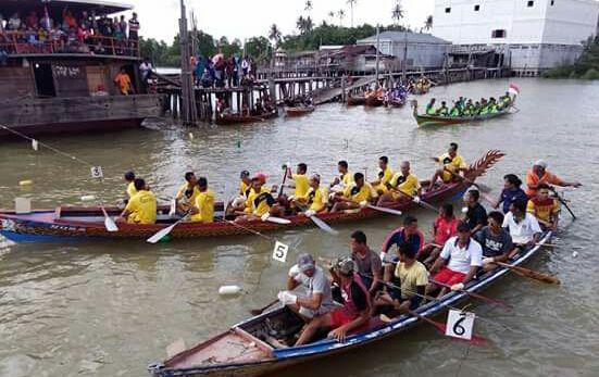 Lomba Pacu Sampan Campang Meriahkan HUT RI Ke-72 di Meranti