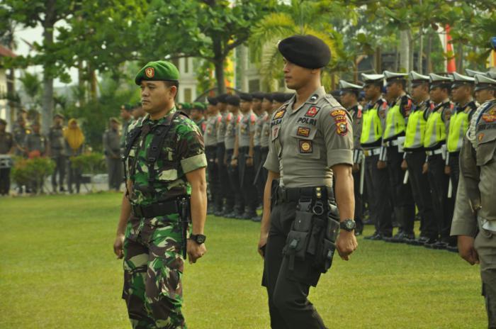 Polres Pelalawan Apel Gelar Pasukan Operasi Mantap Brata Muara Takus 2018