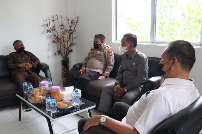 Tingkatkan Sinergitas, Kapolres Silaturahmi Dengan Pimpinan DPRD Meranti
