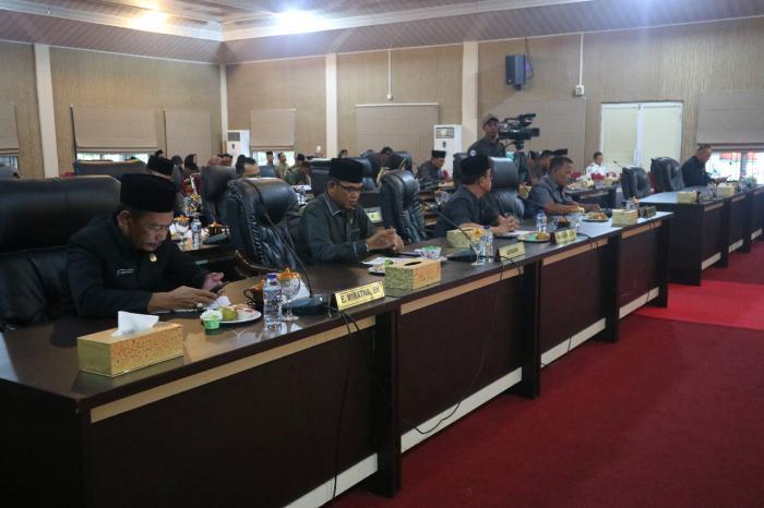 Fraksi DPRD Meranti Sampaikan Pandangan Umum Terhadap Ranperda Usulan Pemerintah Daerah